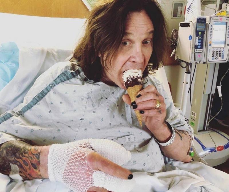 Оззи Осборн перенес экстренную операцию на руке - «Я и Здоровье»