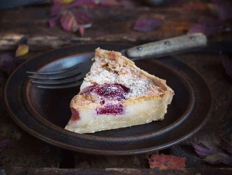 Тарт со сливами и миндальной начинкой от Анжелики Зоркиной - «Я и Кухня»